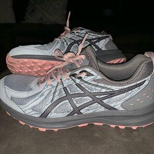 ASICS woman's running shoe
